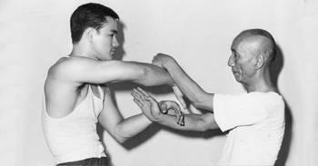 El encuentro con su maestro Yip Man